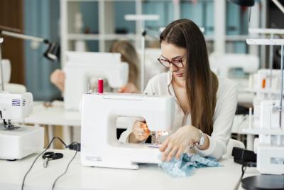 Nouveau : le CAP Métiers de la mode – vêtement flou